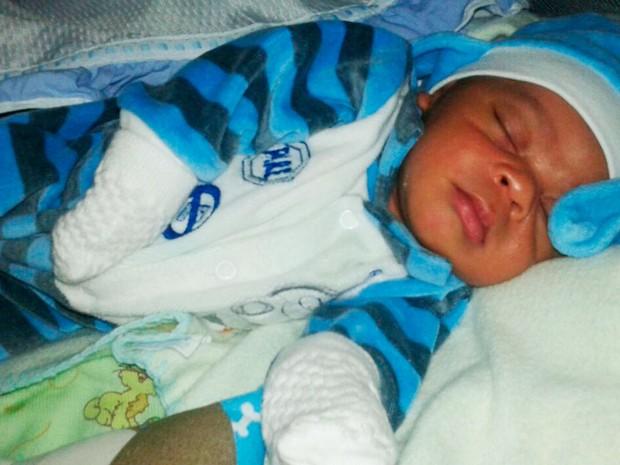 O bebê, de apenas três meses, teria raptado no final de semana